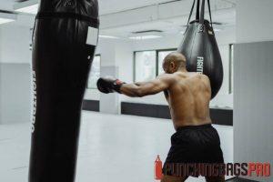 heavy-punching-bag-buying-guide-punching-bags-pro-singapore